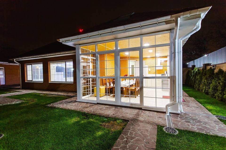 installer une climatisation reversible dans une veranda. Black Bedroom Furniture Sets. Home Design Ideas